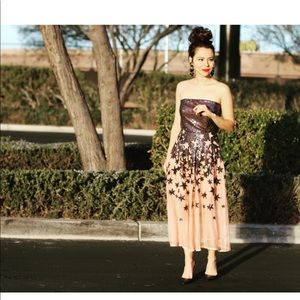 Beautiful dress for any special occasion